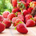Dieta: frutillas y morrones, los alimentos clave para retrasar el deterioro cognitivo
