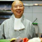 Veganismo y cero desperdicio, las propuestas de una monja budista para salvar al planeta a través de la comida