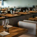 Un empresario viajó a Marbella para darle 4.000 euros de propina a los mozos de un restaurant que se había hecho viral por el costo de su servicio de mesa