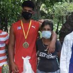 Una canasta de alimentos, el premio del gobierno de Cuba para un deportista que obtuvo una medalla de oro