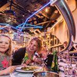Montaña rusa: el curioso método de un restaurant para servir los platos en la mesa de los comensales