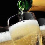Aumentan las ganas de volver a brindar: crece el consumo de espumantes, aunque cae el de vinos