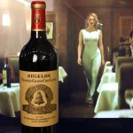Vino tinto francés, el último fetiche de James Bond a la hora de tomar alcohol