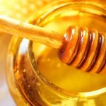 ANMAT prohibió la venta de una miel y un aceite de girasol